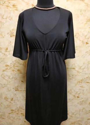 Очень классное роскошное платье , насыщенного черного цвета, размер 44-46