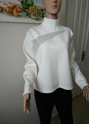 Мега стильная и трендовая блуза (свитшот) из неопрена от zara/белая