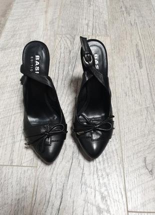 Туфли лодочки с открытой пяточкой кожаные кожа1 фото