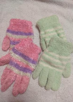 Перчатки для девочки травка