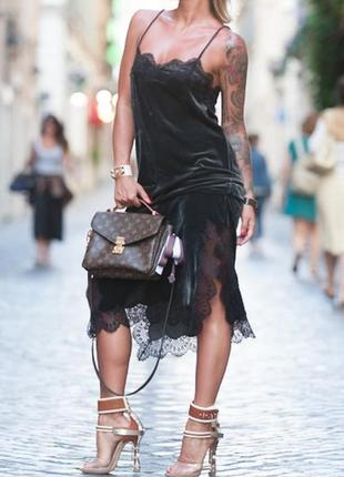 Платье zara оригинал миди велюровое бархатное с кружевной отделкой и разрезами asos