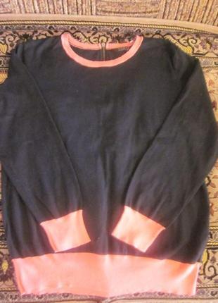 Симпатичный свитер cos размер xs-s