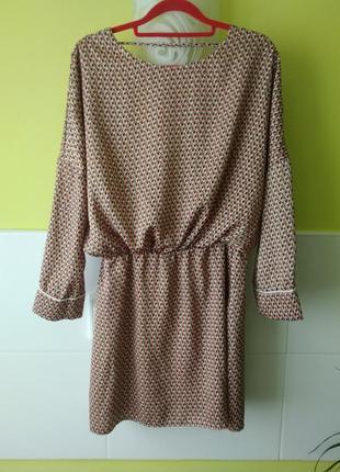 Платье с вырезом на спине zara