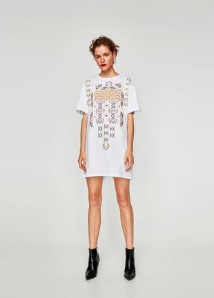 Платье футболка с печатным рисунком от zara