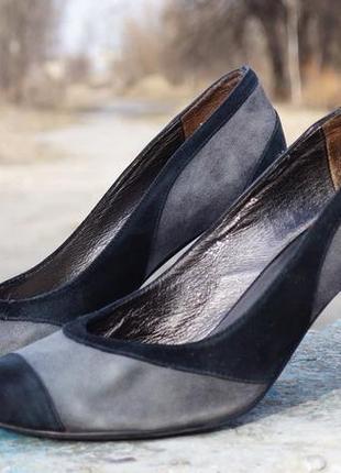 Жіночі туфлі flona