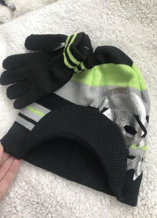 Новый набор шапка и рукавицы george