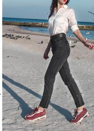 Женские джинсы 2019 - купить модные джинсы недорого в интернет ... e021e6786ac9d