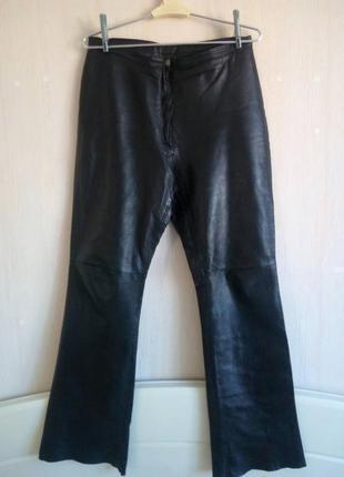 Красивые кожаные брюки с высокой посадкой от parason