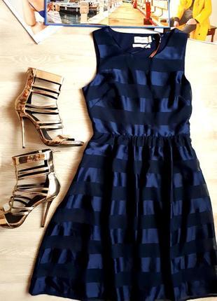 Красивое платье lindex