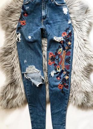 Крутые mom jeans pull&bear размер 24-25 xs