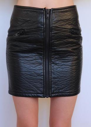 H&m кожаная юбка на замке