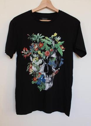 Zara man футболка с черепом цветы