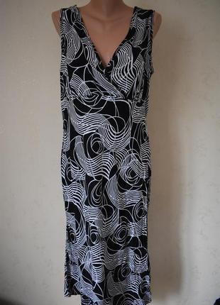 Новое натуральное платье с принтом большого размера