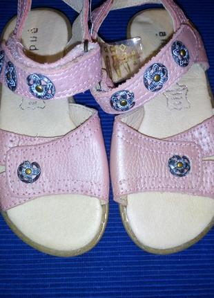 Кожаные босоножки, сандали на девочку andre, франция, р.26