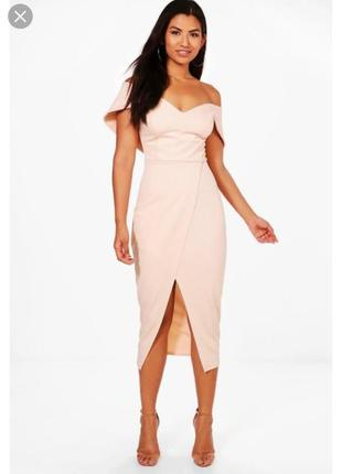 Елегантное платье с голыми плечами цвета nude размер 14