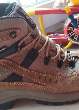 Ботинки quechua 45 р