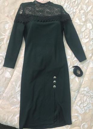 Распродажа новое стильное модное платье с гипюром из италии