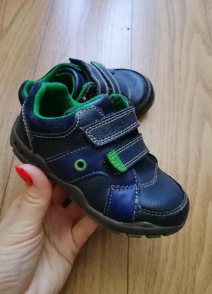 Кожаные кроссовки ботинки ботиночки мокасины clarks с подсветкой светящиеся