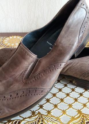Туфли  оксфорды- кожа ---бренд --semler --37.5р