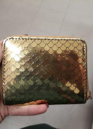 Золотой золотистый блестящий  маленький кошелек луска
