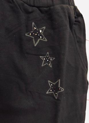 1. черные спортивные штаны для девочки4 фото