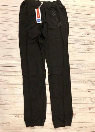 1. черные спортивные штаны для девочки3 фото
