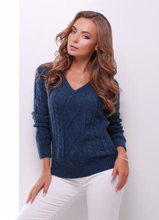 Стильный пуловер синего цвета