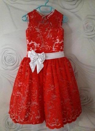 Платье нарядное, бальное, новогоднее, карнавальное, пышное
