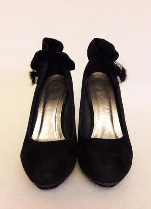 Стильные туфли на каблуке фирмы always р. 37 стелька 24 см