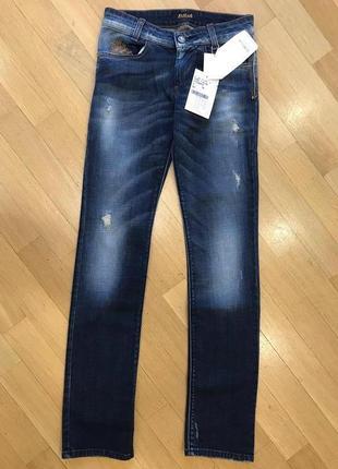 Фирменные джинсы известной фирмы killah.