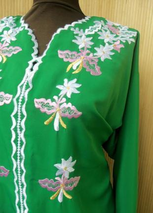 Длинное зелёное платье рубаха с вышивкой / абая/ галабея3 фото