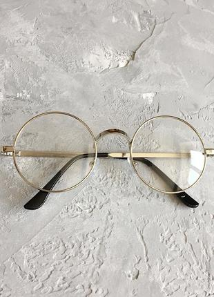 Круглые имиджевые очки с серебристой оправой