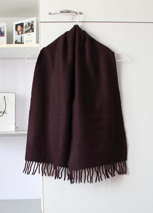 Бордовый шерстяной шарф от united colors of benetton