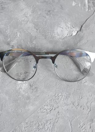 Имиджевые очки с металлической серебристой оправой