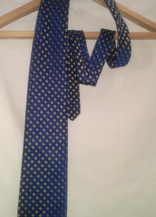 Красивый галстук