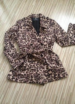 Пальто плащ пальтишко тигровое