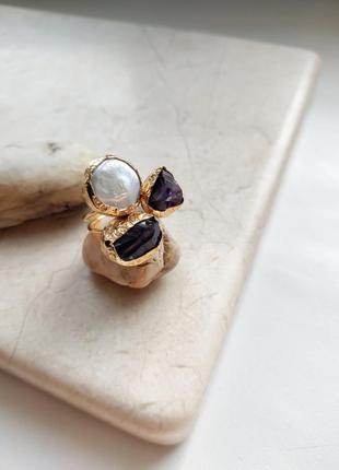 Хит! кольцо «аметистовая тайна», натуральный аметист, барочный жемчуг, позолота 24к