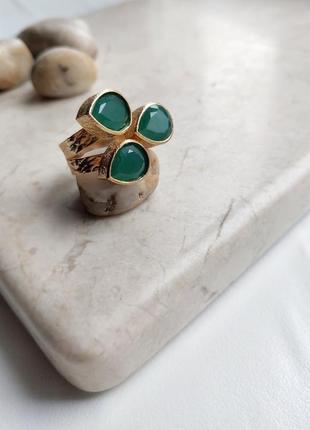 Невероятное кольцо «изумрудная роскошь», натуральный зеленый агат, позолота 24к