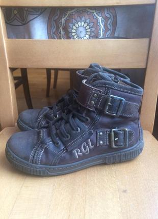 Весенние кожаные ботинки romagnoli 33 р. устілка 21 см.