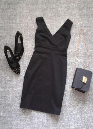 Красивое базовое черное платье из стрейчевого котона от f&f -размер м/10.