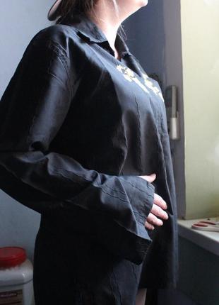 Вышиванка черная