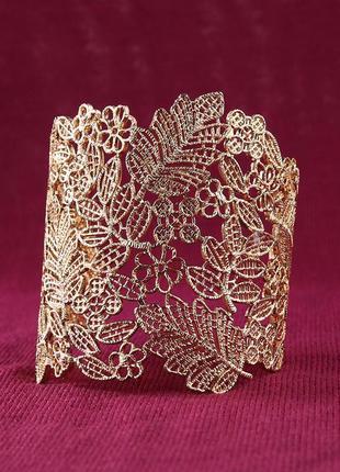 Красивый ажурный золотой браслет