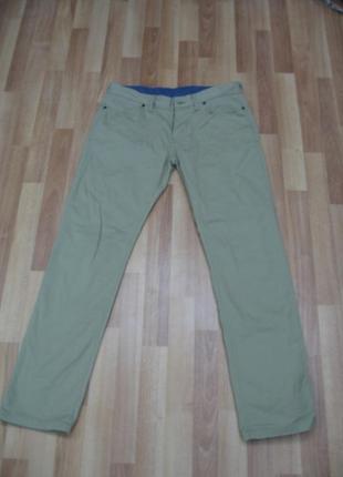 Zara man оригинал стильные джинсы,р-р 42(32