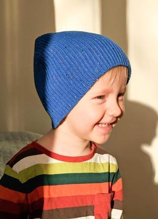 Стильна яскраво-синя шапочка з ракетою