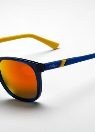 Солнцезащитные очки avl 940 в1