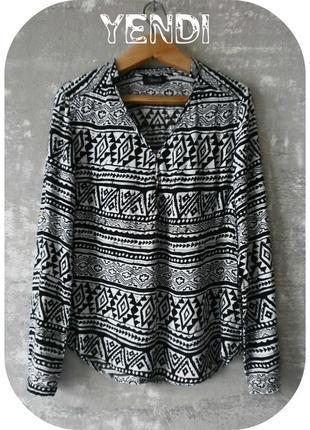 Лёгчайшая вискозная рубашка с длинным рукавом/орнамент/чёрного, белого цвета