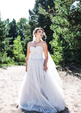 Свадебное платье { можно на выпускной}