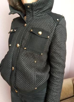 Стильная курточка с тисненной фактурой. princess   grace
