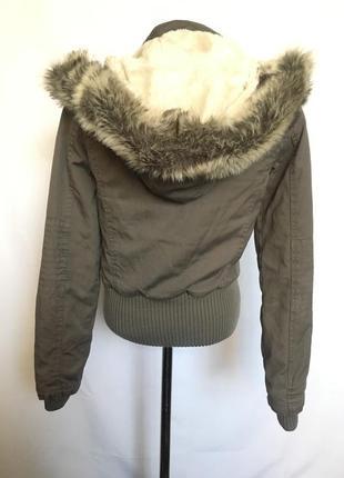Куртка с мех воротником2 фото
