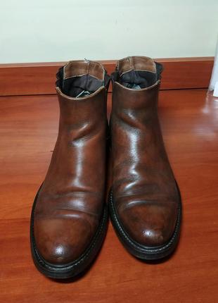 Ботинки-челси
